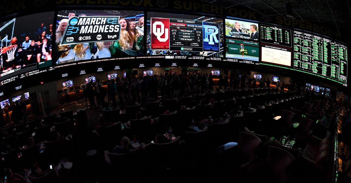Peluang UFC Vegas 12: Garis taruhan terbaru dan panduan perjudian untuk 'Silva vs Hall'